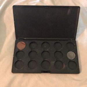 MAC Cosmetics 15 Pan Eyeshadow Palette